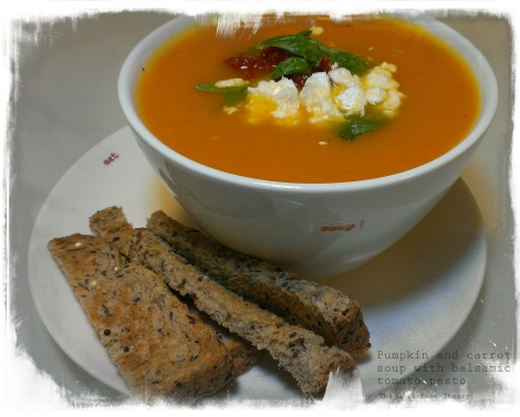 Pumpkin and carrot soup_wtr